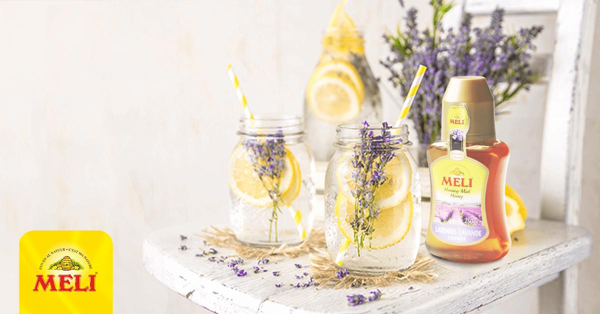 Limonade au citron et au miel à la lavande