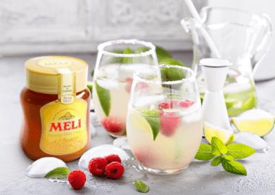 Mocktail: Rozenwaterlimonade met honing