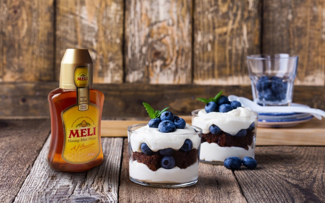 Trifle au mascarpone, brownie et myrtilles