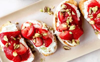 Bruschetta ricotta et fraises grillées
