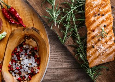 Zalm met soja-honingsaus en asperges
